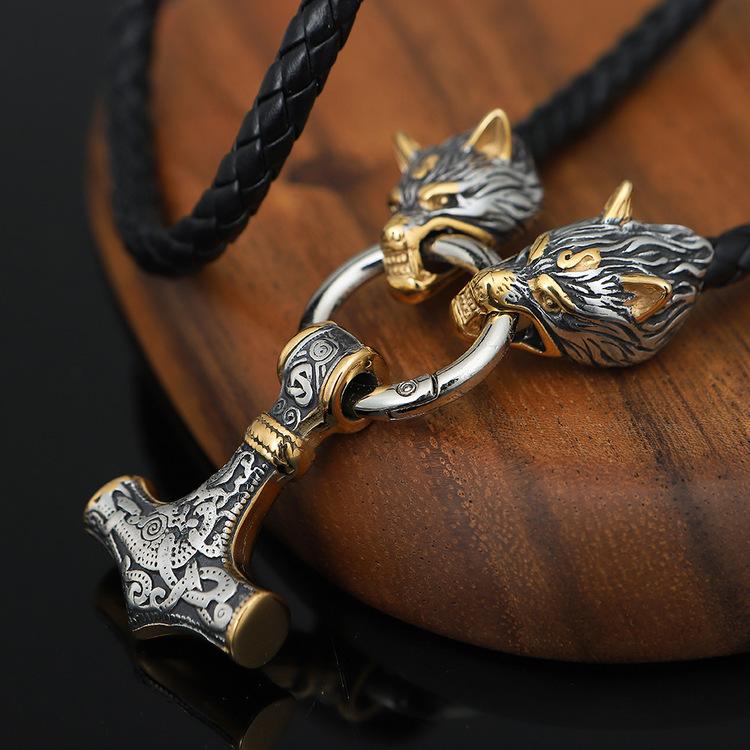 Halsband Wolf- Thors hammare. Silver / Gold Läderrem 60 cm