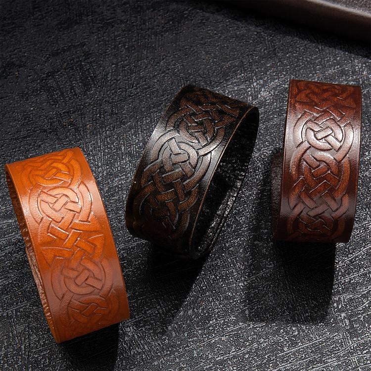 Läderarmband med keltisk slinga