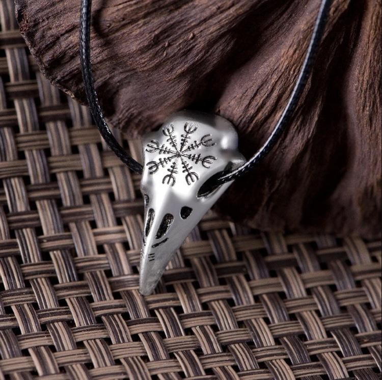 Viking Halsband Raven Korp Talisman Läderband 53 cm