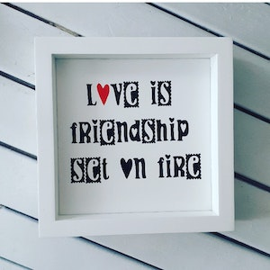 Tavla - Love is friendship