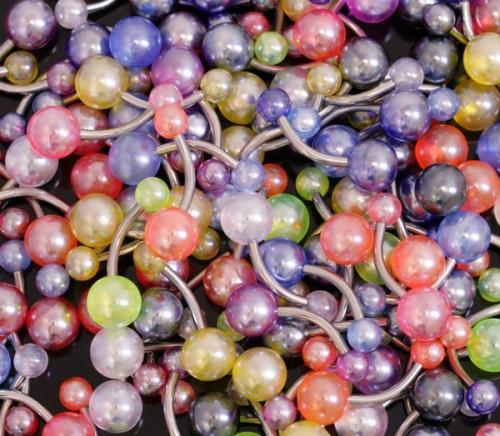 Navelsmycke med pärlor