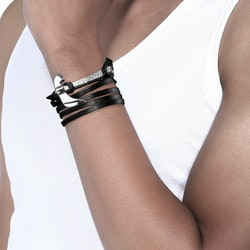 Svart läder armband med hammare