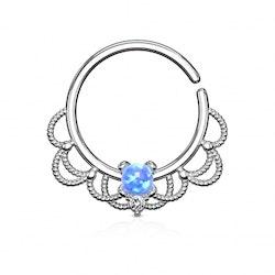 Näsring med ornament och Opal sten
