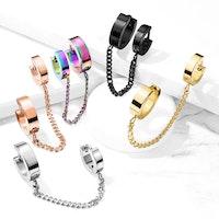 Örhänge och helix i ett smycke med kedja