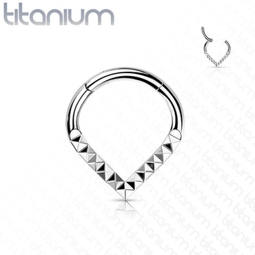 Septum G23 titan med hamrade detaljer