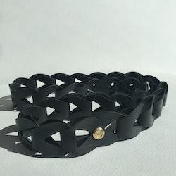 E.S. – belt/necklace