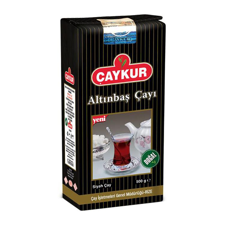 """Turkiskt svart te Altinbas. """"Två löv och en knopp"""" - denna speciella regel gäller även Altinbas-te, där endast knoppen och två yngsta löv av tebusken används. Altinbas te har en distinkt smak, och båd"""