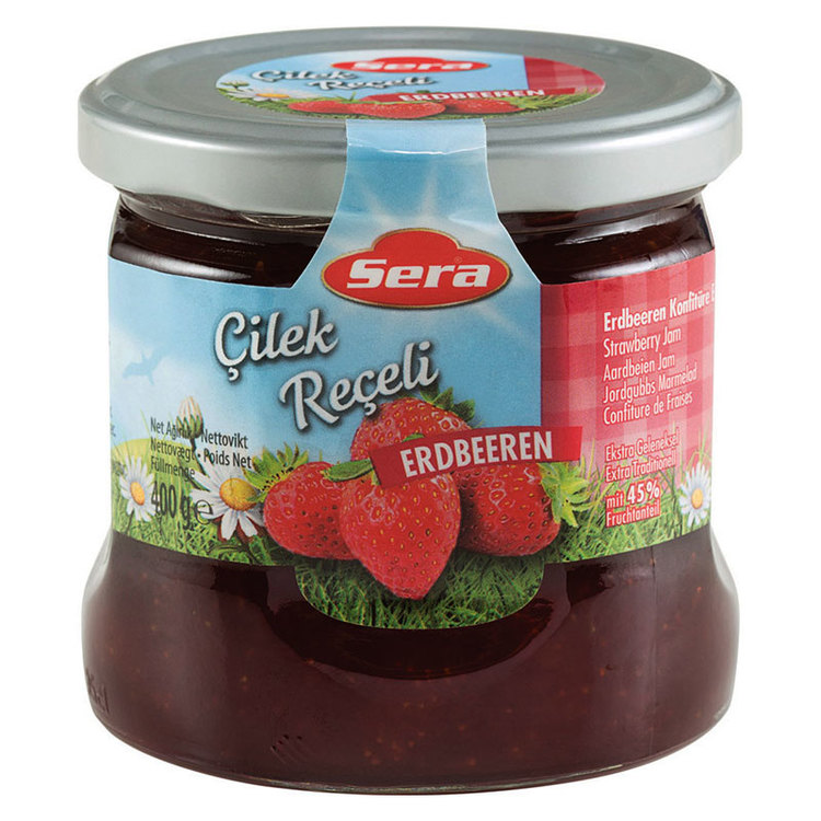 Njut av jordgubbsmarmeladen på din smörgås eller pannkaka. Tillverkad av Turkiets mest kända varumärke; Sera. Produkt av Turkiet.