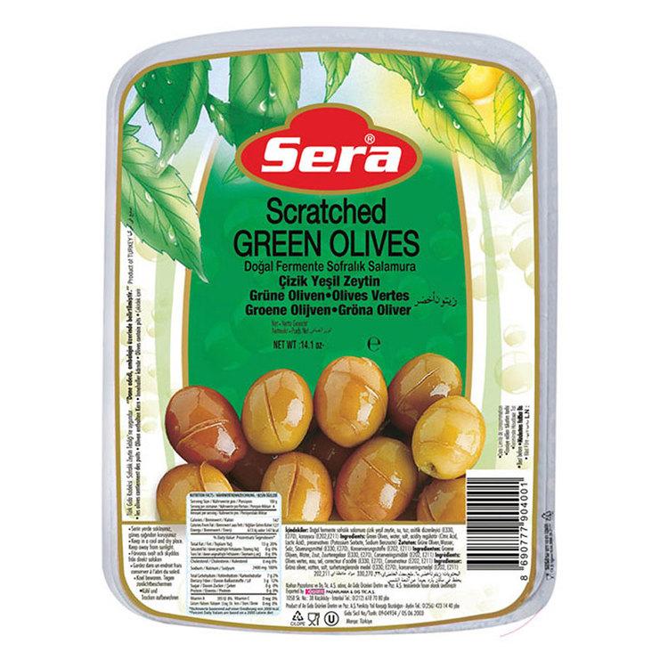 Turkiska gröna snittade oliver vakuumförpackad från Sera. Produkt från Turkiet. Best Turkish Olives Products Brand.