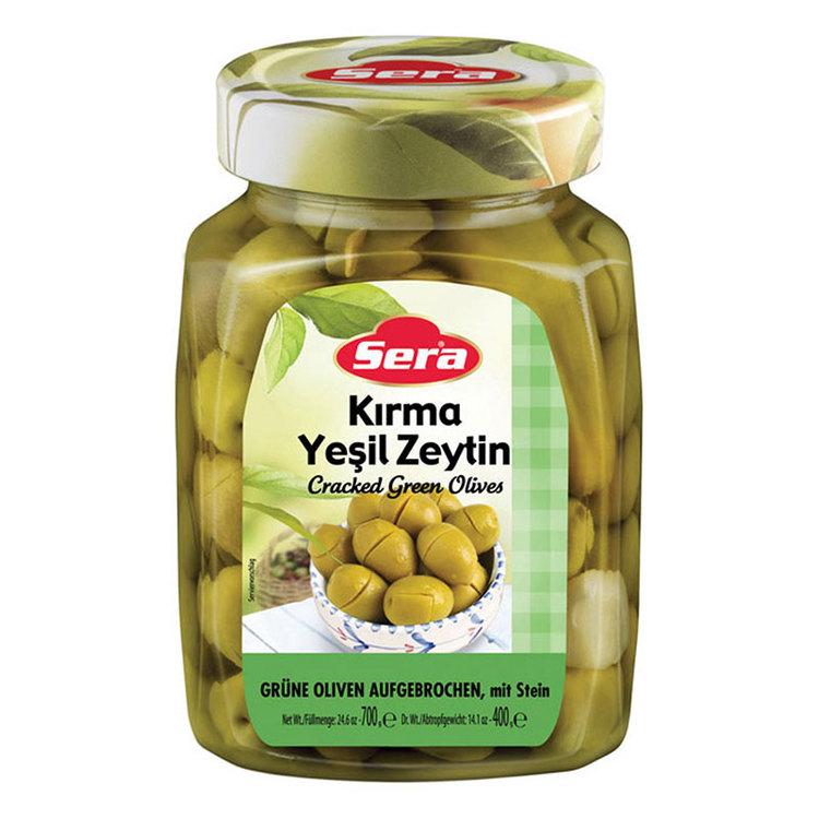 Turkiska gröna krossade oliver från Sera. Produkt från Turkiet. Best Turkish Olives Products Brand.