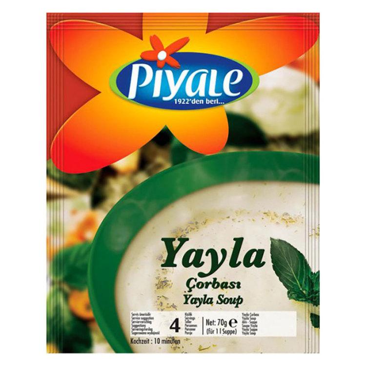 Bondsoppa eller yoghurt soppa med vete och ris.