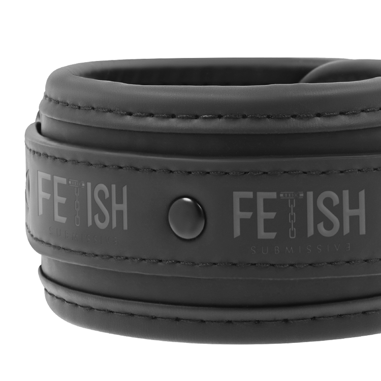FETISH SUBMISSIVE COLLAR AND WRIST CUFFS