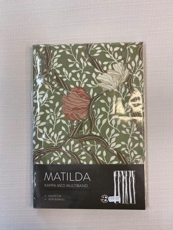 Matilda Grön Gardinkappa Färdig