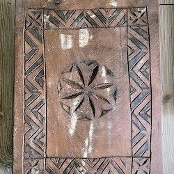 Altare i trä för kristaller & annat magiskt (m)