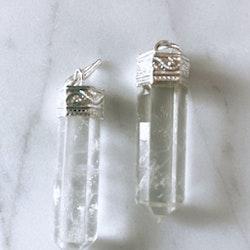 Bergkristallspets, hänge