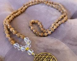 Sri Yantra halsband med Bergkristall & Rudraksha
