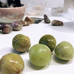 Grön Opal, cuddle stone