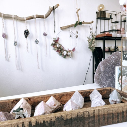 Förvaring i trä för kristaller & annat magiskt