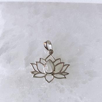 Lotusblomma med Månsten, hänge i silver (925)
