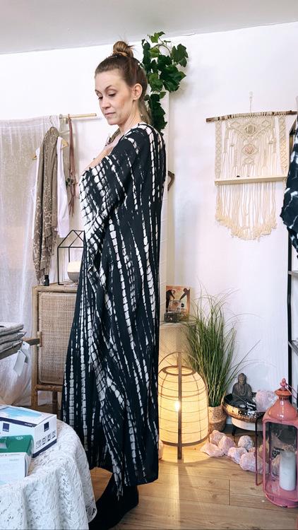 Kaftan/Klänning Batik Svart - Be You
