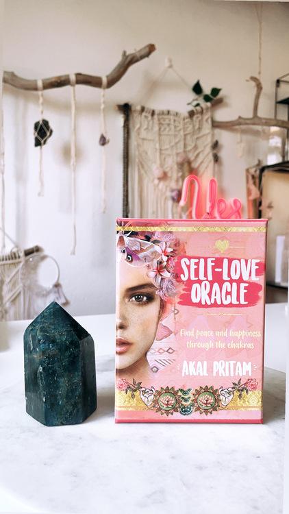 Self-Love Oracle, orakelkort