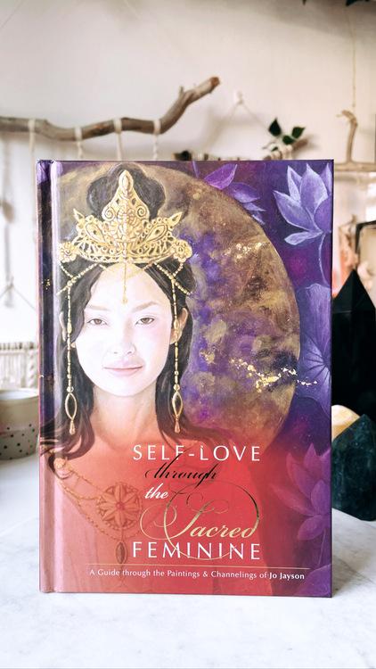 Self-love through the Sacred feminine, bok