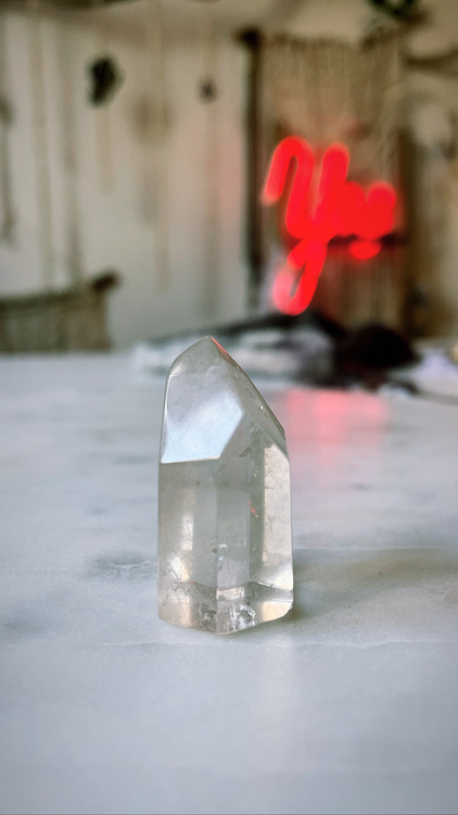 Bergkristall, polerad spets (G)