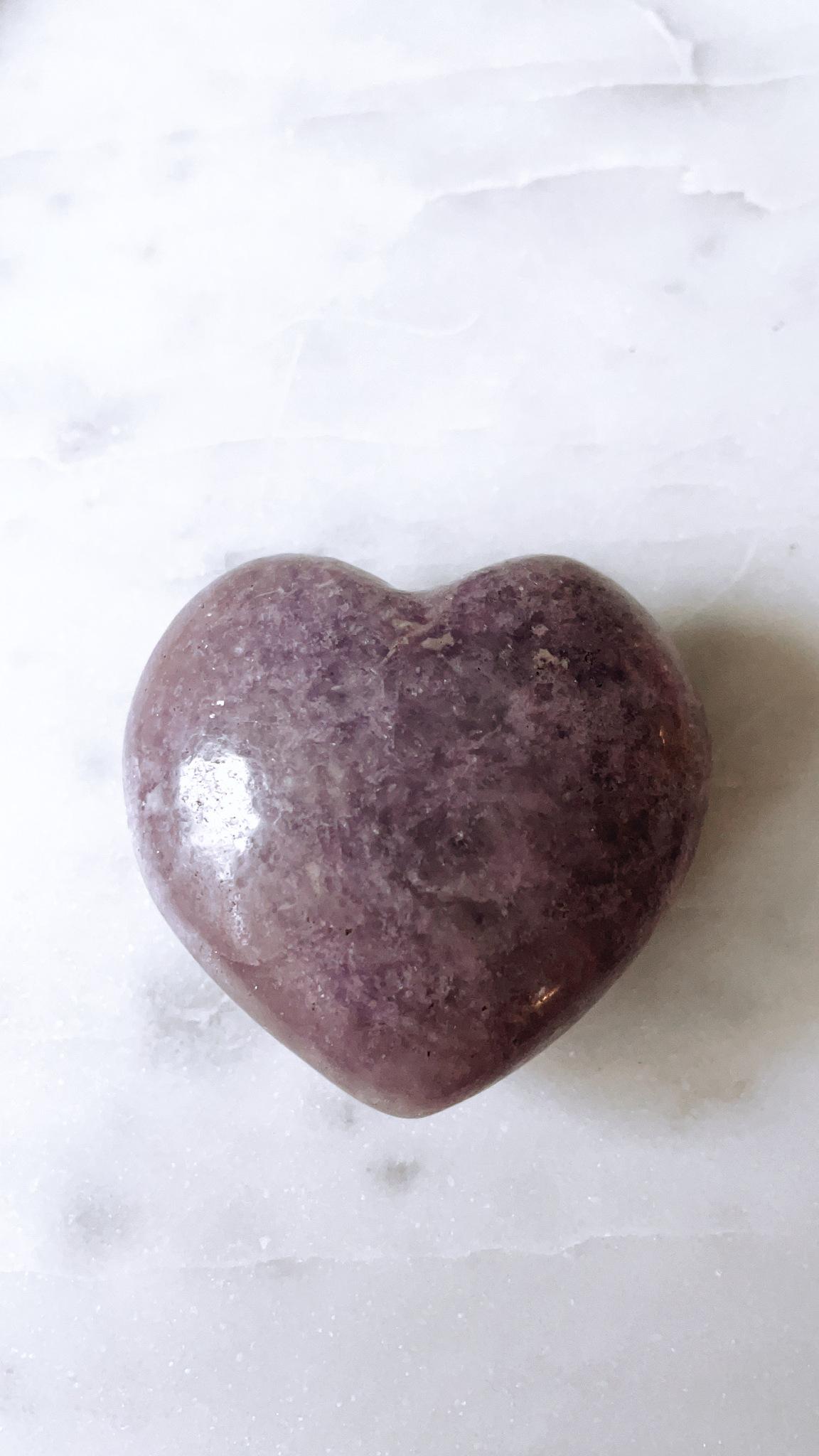 Lepidolit, hjärta (B)