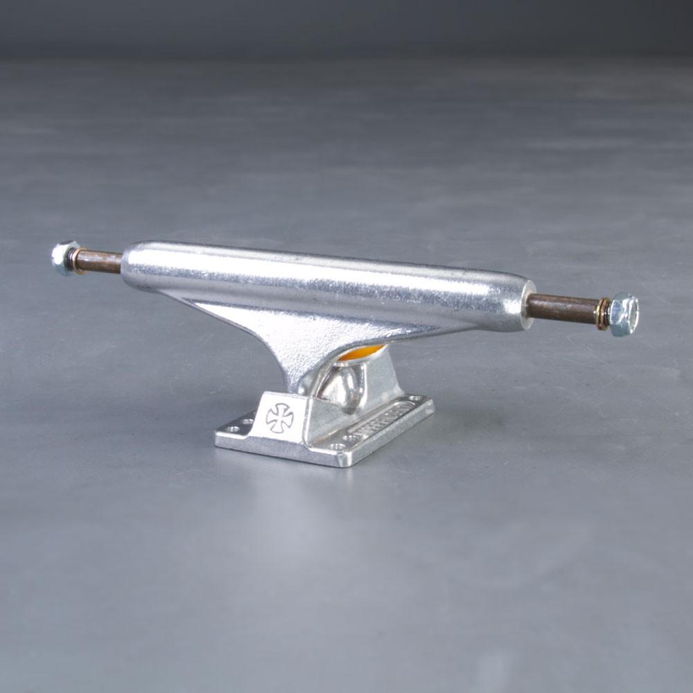 Independent Polished Stage11 144mm skateboard truckar