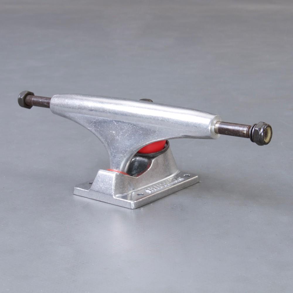"Speed Demons 5.25"" skateboard truckar"