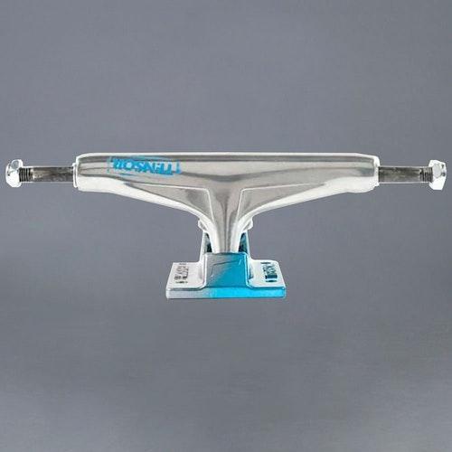 Tensor Alum Stencil Mirror Light Blue Fade 5.25 Skateboard Truckar