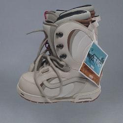 Vans Mantra EU: 37 Boots