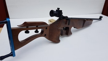 Lasergevär E-213