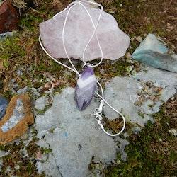 Chevron Ametist sten med silverkedja