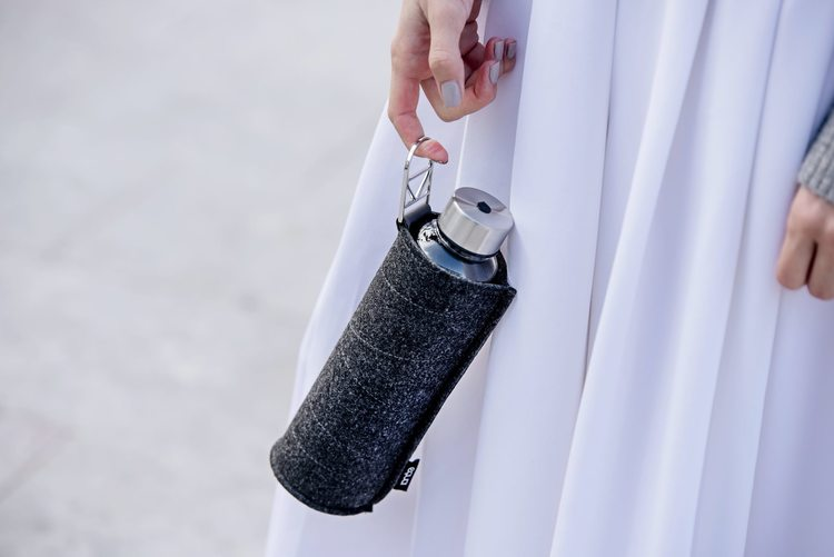 EQUA WATER BOTTLE - MISMATCH FELT SILVER