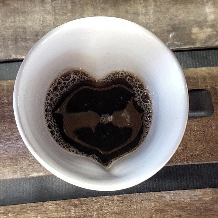 Hjärtmugg svart liten