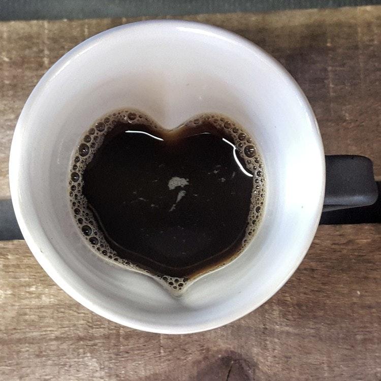 Hjärtmugg svart stor