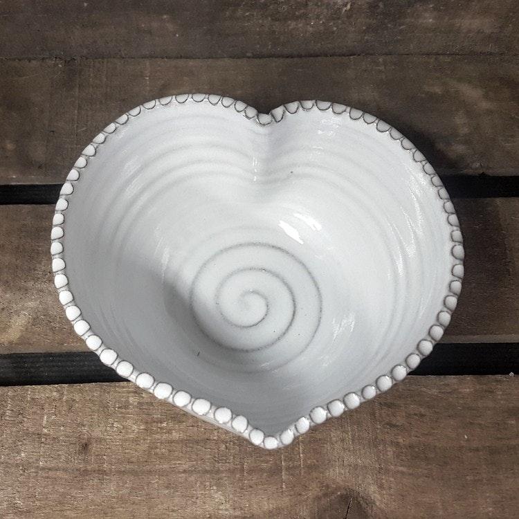 Hjärtskål vit mellan