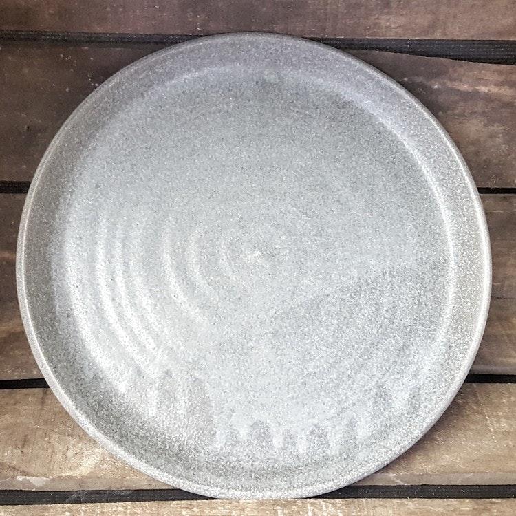 Mattallrik grå