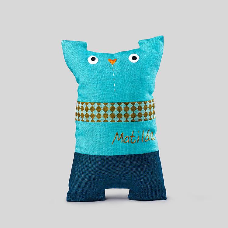 Mocklis är ett gosedjur eller kudde du syr själv med hjälp av material och instruktioner.