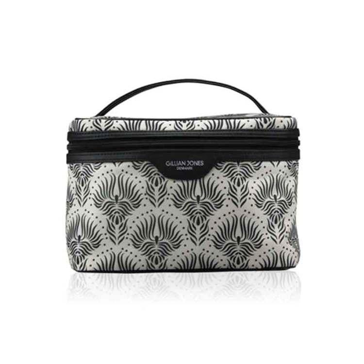 Beautybox grå svart flammor Gillian Jones - Bags4Fun.se c0568a59a0f68