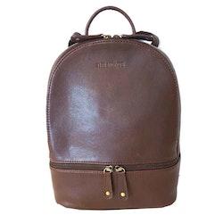 Ryggsäck i skinn är både snygg och praktisk. - Bags4Fun.se 606db21fffe3e