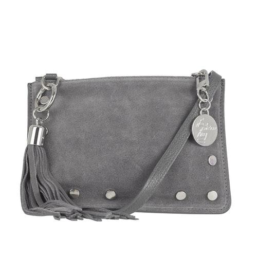 Axelväska/clutch mocka/skinn grå med nitar, tofs Ulrika Design