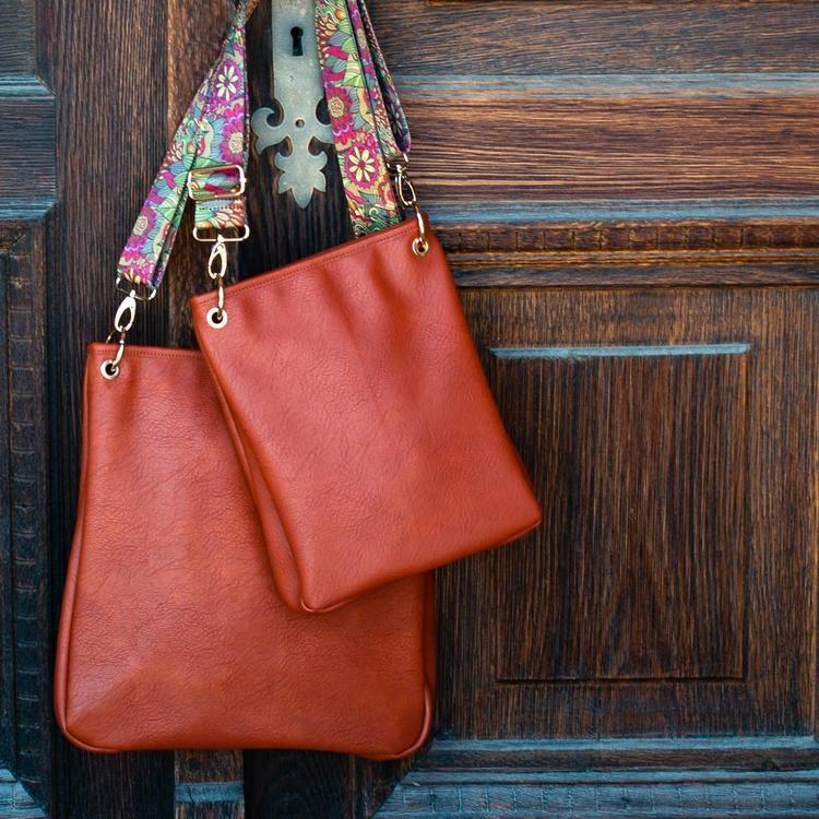 Axelväska Bag small tegel 641270