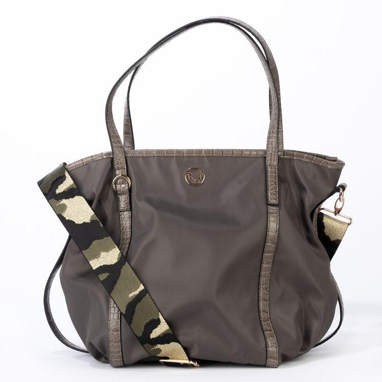 Bag khaki mönstrad axelrem