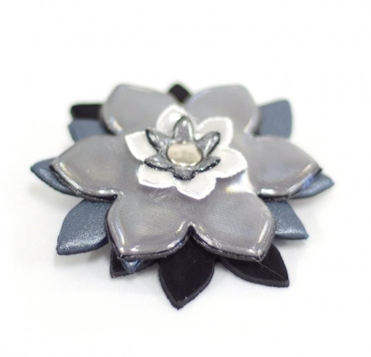 Reflekterande Brosch Blomma