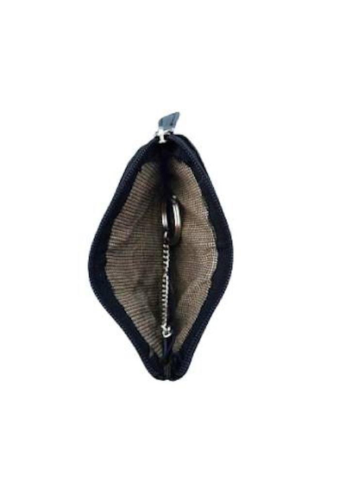 Nyckelfodral med nyckelring i kedja svart läder