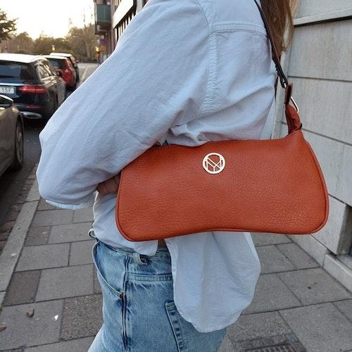 Axelväska baguette modell, orange kort+lång rem