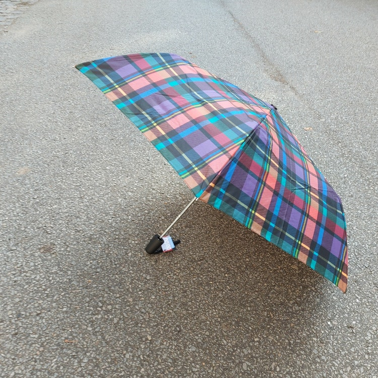 Paraply Rutigt Lätt Automatisk Uppfällning Doppler/Derby 6 olika