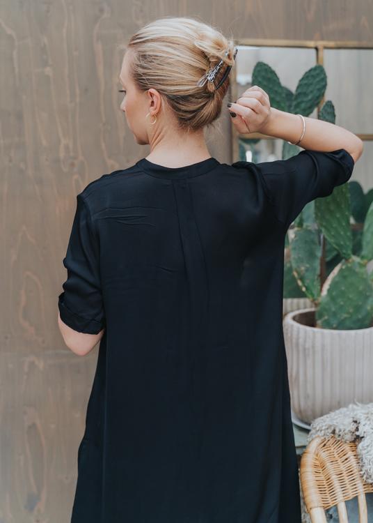 Lisa Dress OF Black